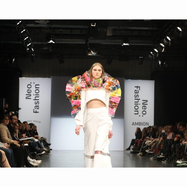 Agentur-S49-Neo.Fashion.2020_03