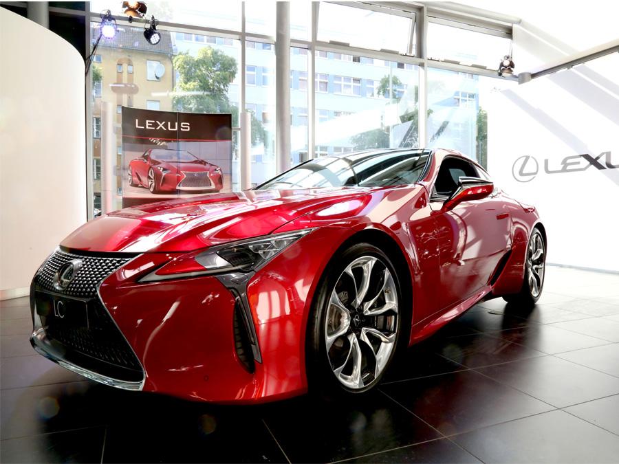 HEADERBILD Agentur S49 Lexus Forum
