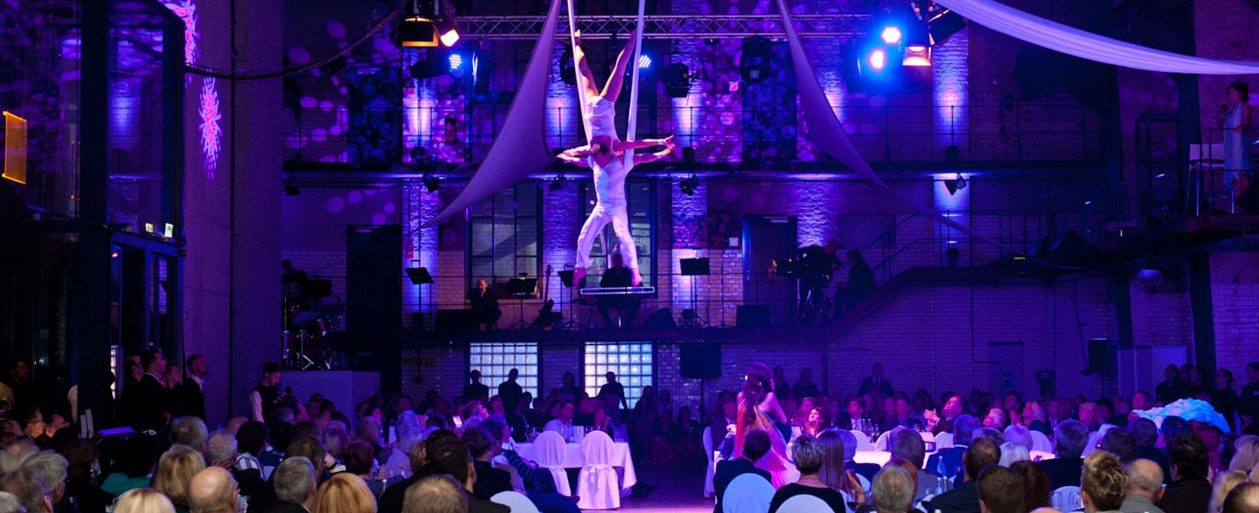showxcase lexus forum berlin