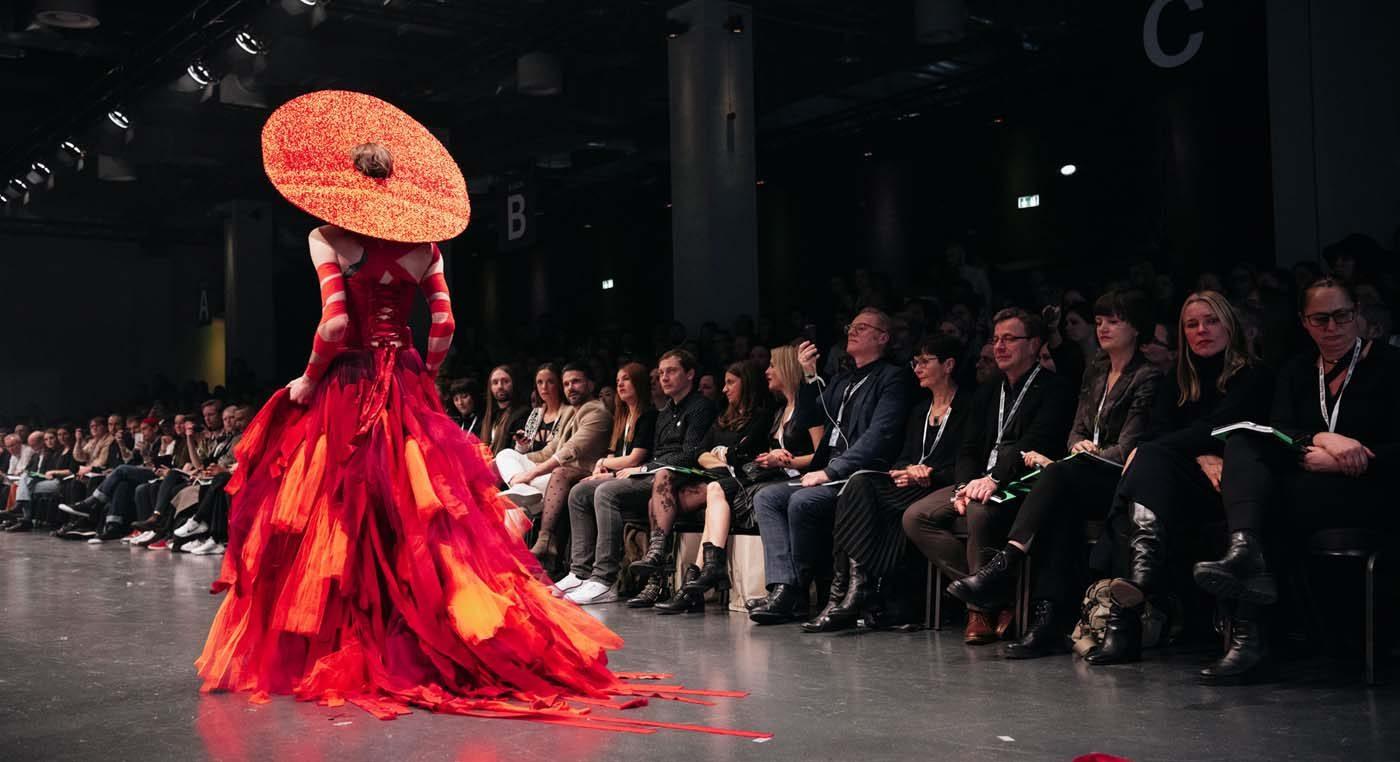 Agentur-S49-Neo.Fashion.-Show2020_03-1.jpg